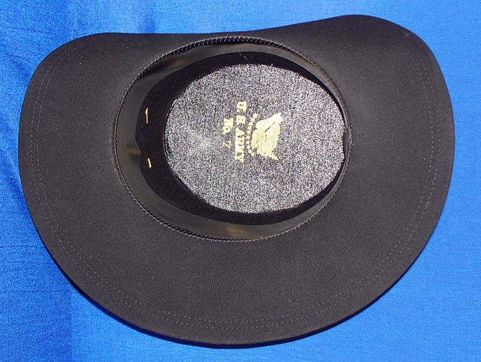 interior of us dress hat